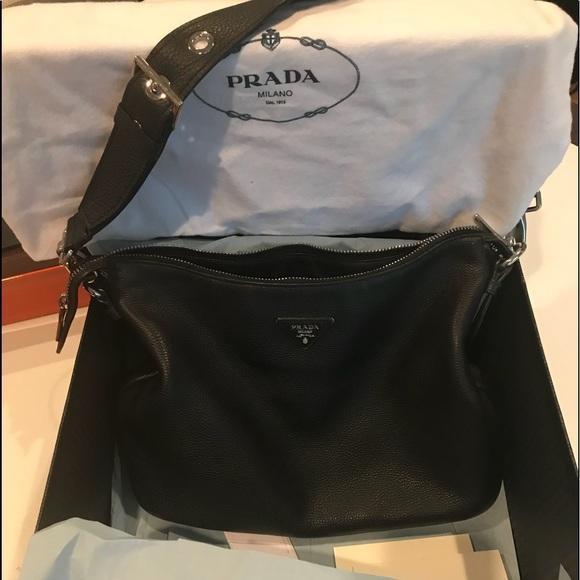 0715580ac4f4 Prada Bags | Beautiful Daino Leather Shoulder Bag | Poshmark